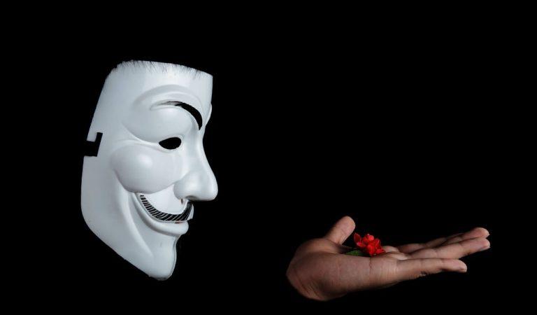 Hacker Nedir? Kaç Çeşit Hacker Türü Vardır?